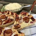 Saftiger Pflaumenkuchen mit Amarettini